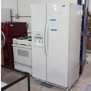 Side by Side Refrigerator, Stove