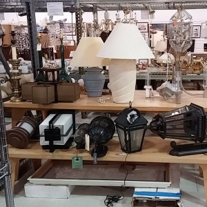 Assorted Light Fixtures