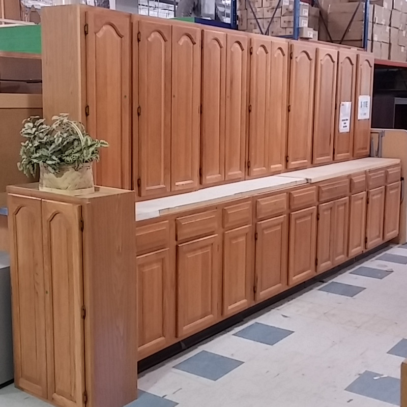 Tall kitchen cabinets morris habitat for humanity restore for Kitchen cabinets sets