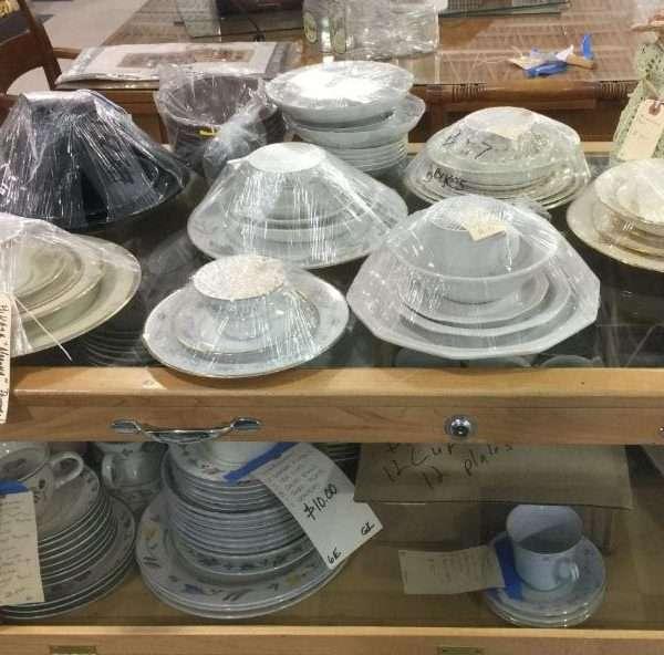 Dishware & china sets